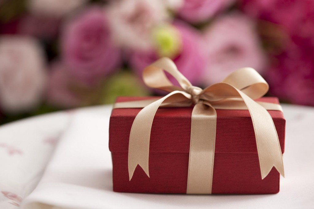Gift registry melissa and jon 39 s wedding for When should we register for wedding gifts